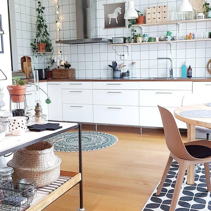 """261 Me gusta, 15 comentarios - åsa  (@bobralevnu) en Instagram: """"Köks idag...kitchen today... #funkishus #köksmatta #rusta  #köksinspiration #ikea#abstrakt…"""""""