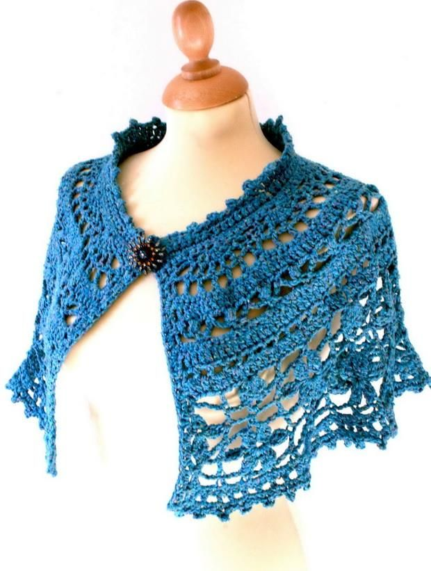 Crochet Free Pattern Of Nice Capelet