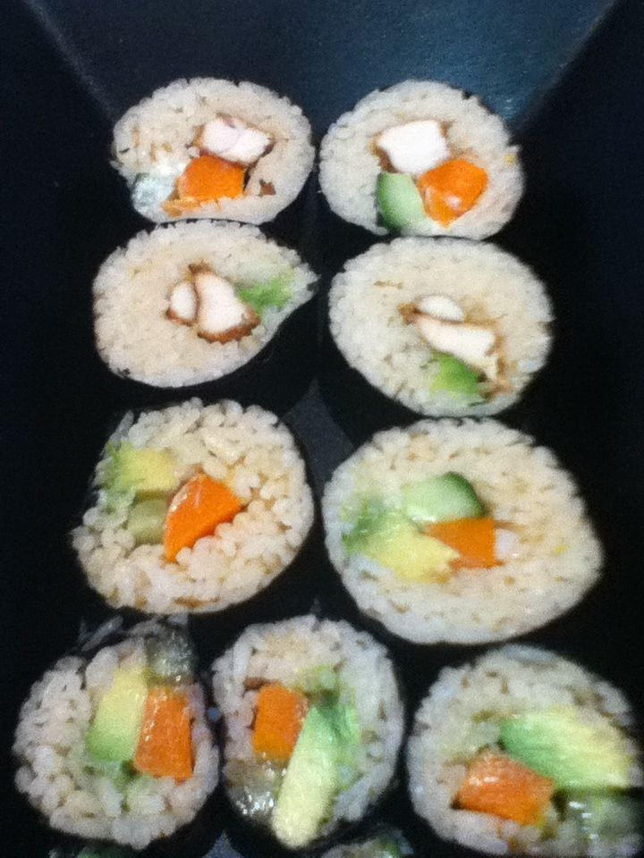 Sushi Rolls are great for lunchboxes or canapes when you are entertaining . You can choose your favourite filling and get rolling.... I have used a bamboo mat in this example, but I also have a su...