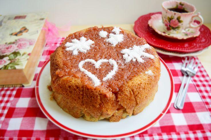 Retete culinare : Tort de mere umplute cu gem de gutui, Reteta postata de merisor67 in categoria Slow Cooking