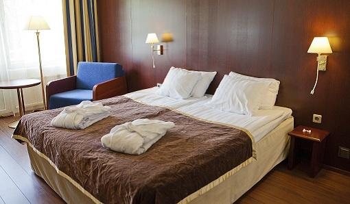 Best Western Hotel Kalliohovi locates just next to Vanha Rauma, Unesco listed wooden house district.