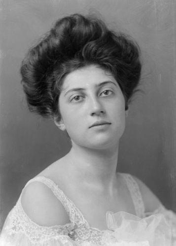 womens hair 1910