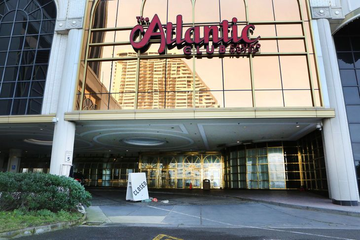 ATLANTIC CITY — A Pennsylvania development firm plans to transform the former Atlantic Club Casino Hotel into an entertainment complex that would include an indoor water park and a beach bar.   Good .....this is a step towards diversification !