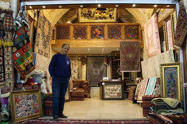 """""""Beautiful shop at Vakil Bazaar.  It is thought that the market originally was established by the Buwayhids in the 11th century AD. The bazaar has beautiful courtyards, caravansarais, bath houses, and old shops which are deemed among the best places in Shiraz to buy all kinds of Persian rugs, spices, copper handicrafts and antiques.  Like other Middle Eastern bazaars, there are a few mosques and Imamzadehs constructed beside or behind the bazaar.  #shiraz #iran #persia #irão #vakilbazaar…"""
