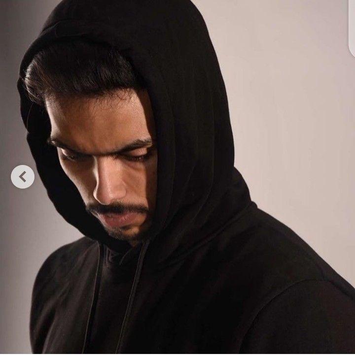 Pin By Ghala Mohammed On ملابس تستحق الارتداء Fictional Characters Art Character