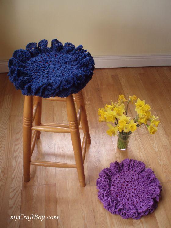 Crocheted Chair Pad  Free Crochet    Diagram      mycraftbay    Croch    almofadas  tapetes e pufs
