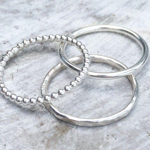 Här hittar du allt ifrån klassiska kreoler till senaste i modetrenderna av bland annat silverörhängen, guldörhängen och stålörhängen. For More Information visit https://www.misterbling.se/