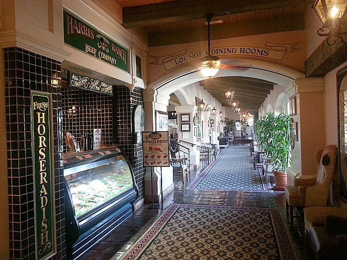 Harris Ranch Restaurant - Coalinga, California