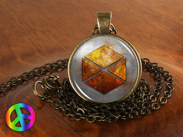 Destiny Titan Video Game Cosplay PS4 XBox 360 One Necklace Pendant Jewelry Gift
