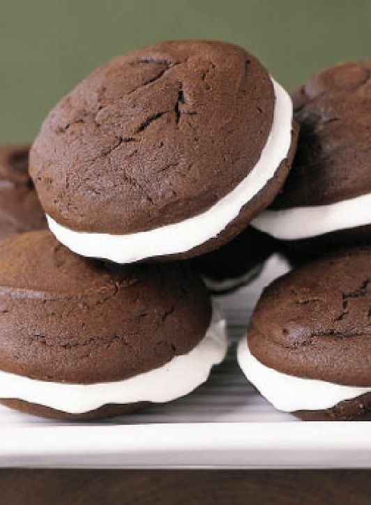 Low FODMAP Recipe and Gluten Free Recipe - Chocolate whoopie pies