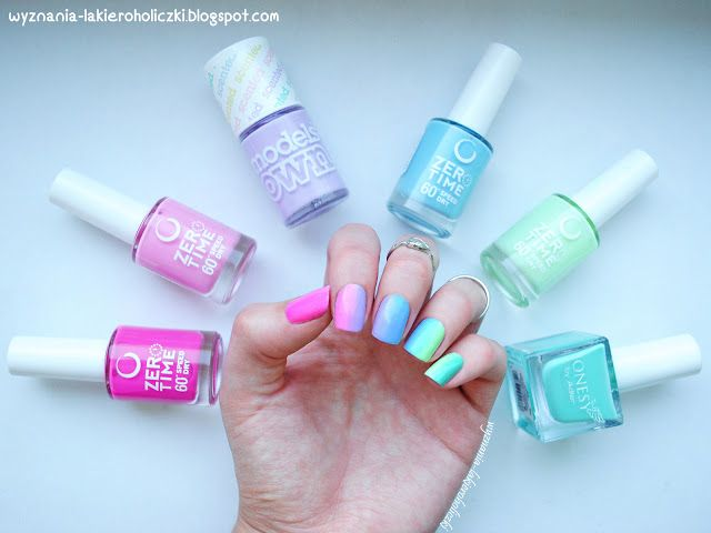 Confessions of a Polishaholic: Pastel gradient rainbow :)