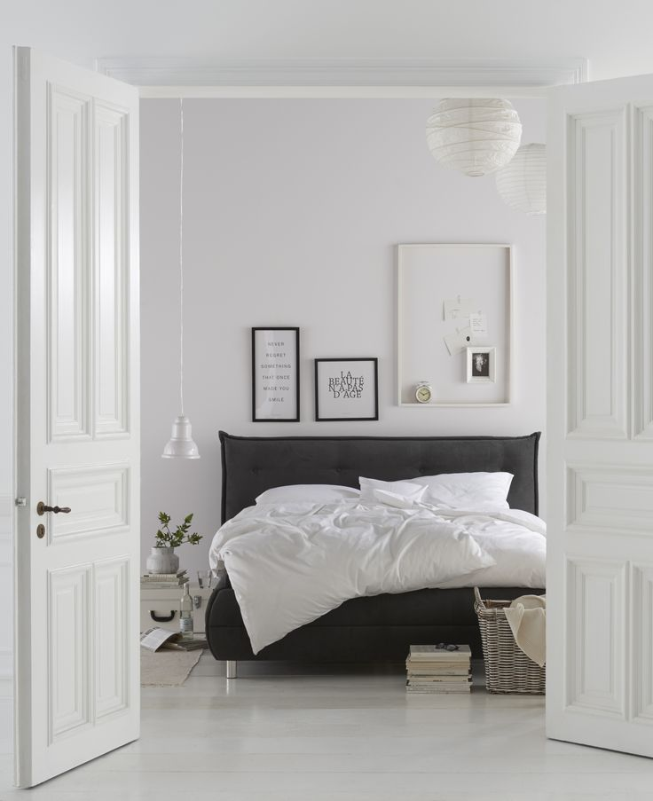100 best Mood 1 BLACK images on Pinterest Appliques, Ceiling lamps