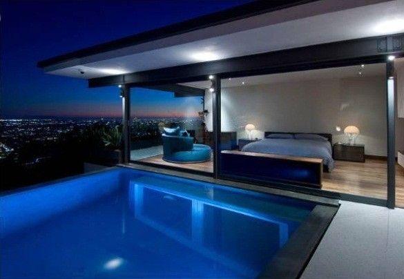 Homesthetics Matthew Perry Bachelor Pad moderner Pool view