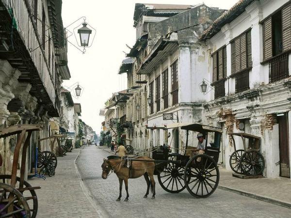 Vigan: Except, Favorite Places, Iloco On, Mestizo District, Window Panels, Places I D, House, Philippines, Vigan Cities