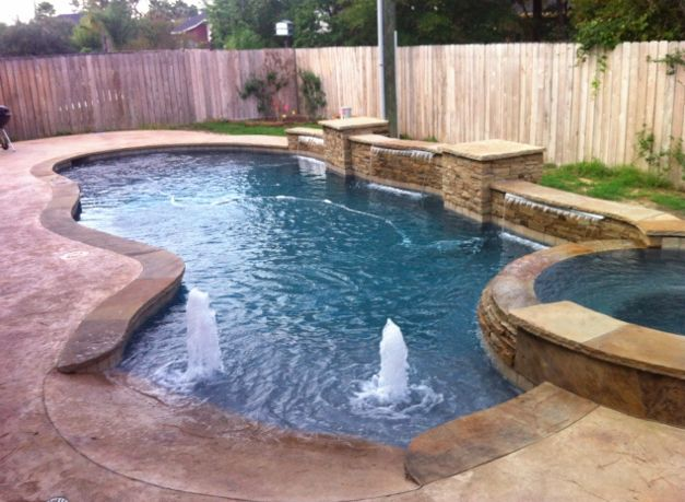 Pool Spa Sun Deck With Bubblers And Back Water Feature