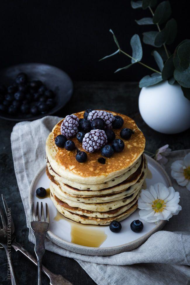 Mein feinstes Rezept für Blaubeer-Joghurt-Pancakes mit Ahornsirup / blueberry greek yogurt pancakes