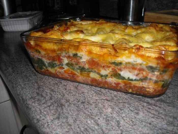 50 minuten, mozzarella spinazie en gehakt de lekkerste lasagne die ik ooit heb gegeten!