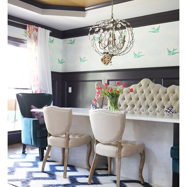 A Chic Colorful And Elegant Dining Room Featuring Mixture Of Fun Patterns Prints