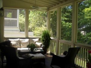 Screen Porch With Railing (breezeway Idea)