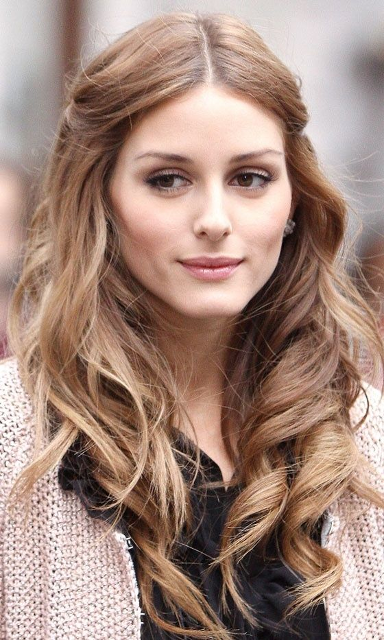 Olivia Palermo: lovely loose brunette waves.