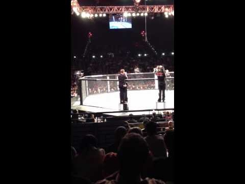 Crazy fans talking shit at a UFC fight!!(Clay Guida vs Gray Maynard) - http://www.pinsearch.org/crazy-fans-talking-shit-at-a-ufc-fightclay-guida-vs-gray-maynard/