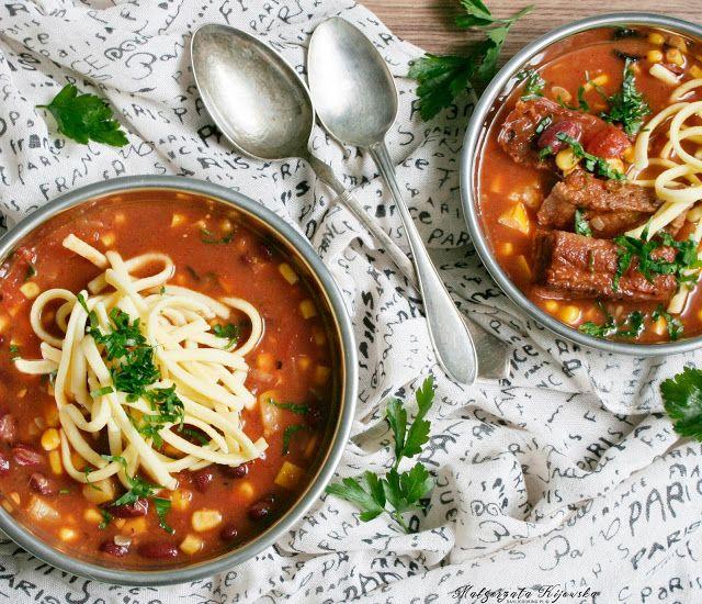 Pikantna zupa na żeberkach