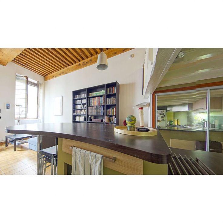 #vente  À #Lyon1er / proche plateau de la #croixrousse, #studio de 43 m2 dont 28.6 m2 loi Carrez vendu loué.    #visitevirtuelle et informations complémentaires sur notre site !    #orpidaveauconseil #orpi #orpilyon#lyon#igerslyon #immo #instaimmo #appartement #immobilier#decoration #interiors#home#homeinteriors #living#lifestyle#realestate #investissement #invest #realtor #realty#forsale#listings #homesales#realestatelife#àvendre