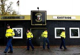16-Mar-2013 8:22 - INVAL BIJ MOTORCLUB SATUDARAH. De politie heeft afgelopen nacht een inval gedaan bij motorclub Satudarah in Tilburg. Dat heeft de politie bekendgemaakt. Volgens de