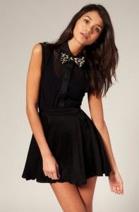 Black dress with black & brawn bow tie. Learn more about how to wear a bow tie >>> http://justbestylish.com/9-tips-how-to-wear-a-bow-tie-for-women/