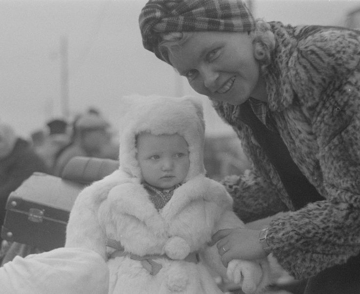 All Things Finnish: Photo September 16, 1944. Little one waiting to be evacuated by train before the beginning of the hostilities on September 28, 1944 between Finland and Nazi Germany during the Lapland War. Most of the civilian population was evacuated to Sweden and southern Finland.   photo credit: SA-kuva