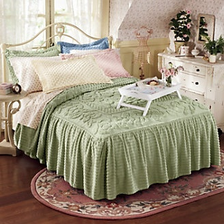 Rose Tufted Chenille Bedspread