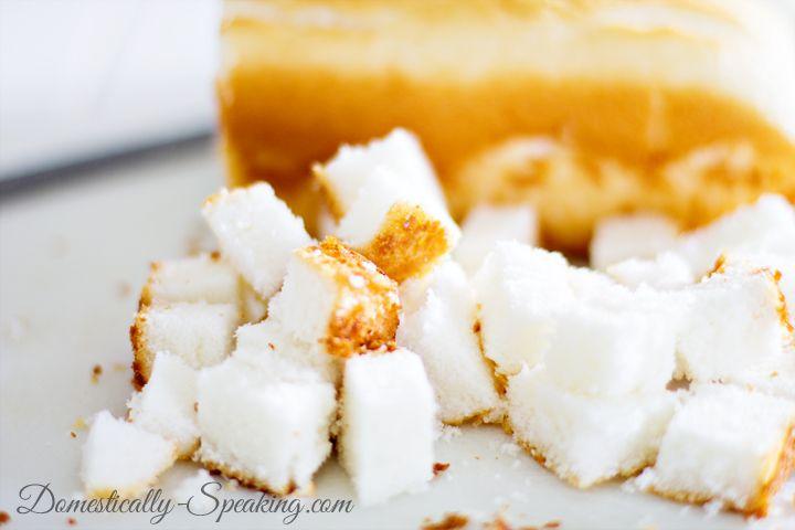 Mason Jar Strawberry Lemon Angel Food Cake Triffle 4