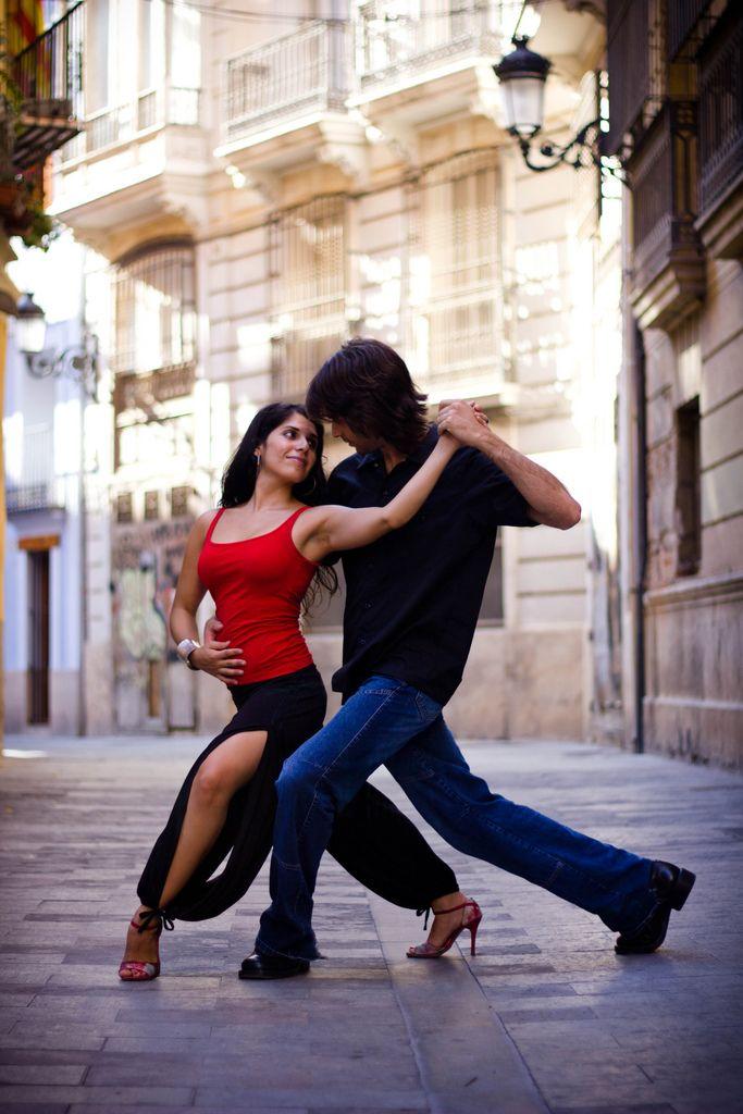 Dancing Tango in the street