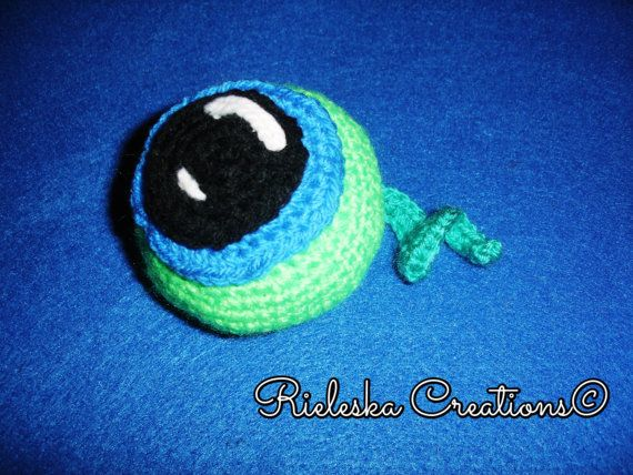Crochet PDF Pattern- Septic Eye Sam size: 4 inches tall and 4 inches long/ 10 cm  *Worsted weight yarn and hook size: 3,50mm*  Price is for the PATTERN