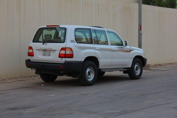 نقره لتكبير أو تصغير الصورة ونقرتين لعرض الصورة في صفحة مستقلة بحجمها الطبيعي Suv Car Land Cruiser Suv
