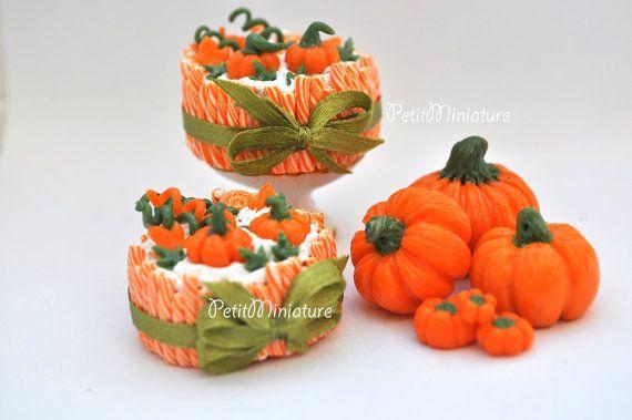 Magnifica Torta zucca halloween con canne da zucchero-Casa delle bambole miniatura torta 1:12 zucca halloween e lecca lecca ,panna montata