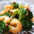 ブロッコリーと海老のペペロンチーノサラダ by moj