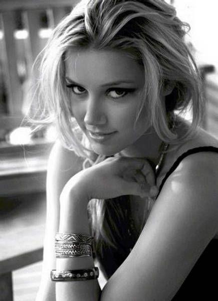 Amber Heard - yeah I put a chick on my swoon list...and? lol ;): Amber Heard, Girls Crushes, Celebrity, Beautiful Woman, Faces, Celebs, Beautiful People, Amberheard, Eye