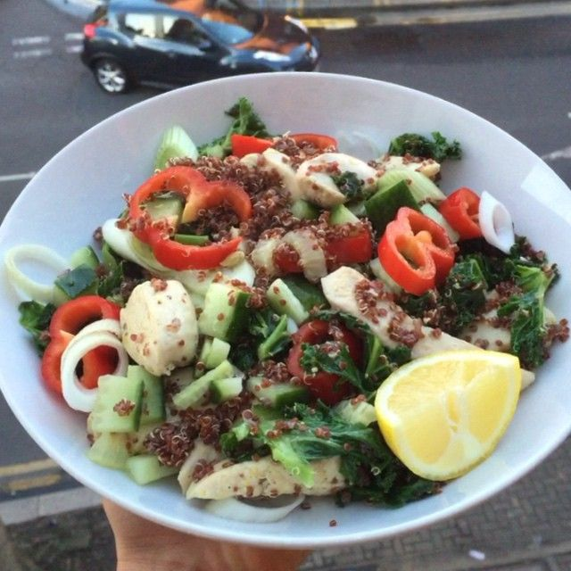 """""""Try this lovely honey and mustard chicken & quinoa salad #Leanin15 #Foodie Tag a friend who hasn't heard of #Leanin15 yet """""""