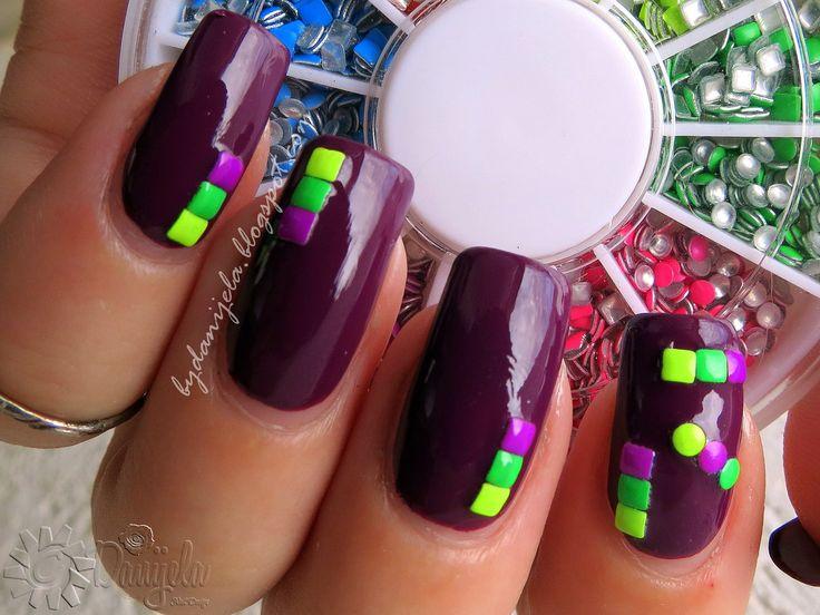 Born Pretty Store - 2mm fluorescent nail art studs+   Video review and tutorial #bps #bornprettystore #review #blog #blogger #nails #nokti #mani #manicure #studs #neon #plum #nailart #canon #notd