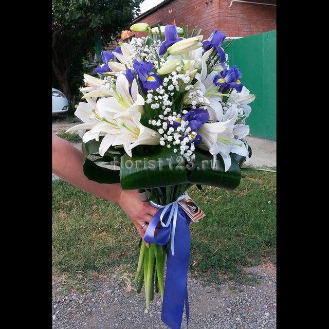 Букет из лилий с ирисами #цветы #ирисы #лилия #букет #цветыназаказ #доставкацветов #доставкацветовкраснодар #цветочнаякомпозиция #краснодар #букетназаказ