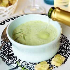 Sprudlande Crème ninon med mousserande vin - Icakuriren