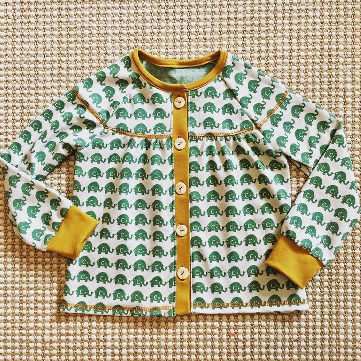 Elephant -- fabric -- jaquard -- organic cotton -- Deborah van de Leijgraaf -- http://shop.by-bora.com -- #fabric #sewing #fabrics #children #clothes #diy #love #cute #kids #organic #baby