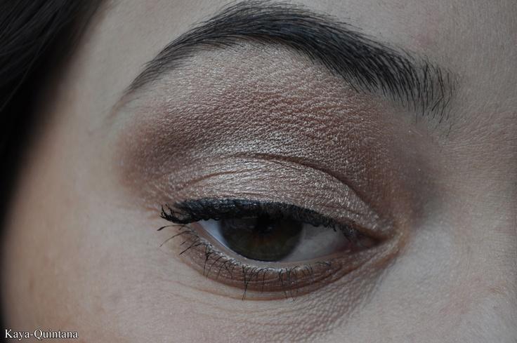 bruine oogschaduw