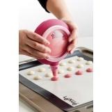Poche à douilles en silicone Décomax de Lékué   #ustensiles #cuisine #cupcakes #macarons