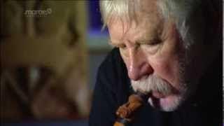 Richard Nunns and maori instruments