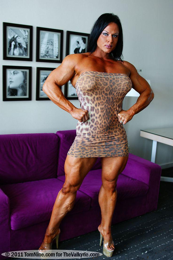 Female Bodybuilders - Big and Beautiful Pics   Muscle