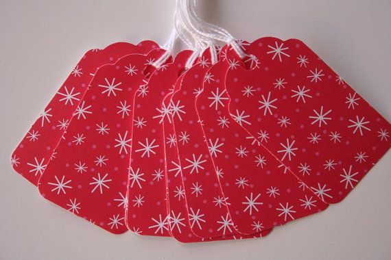 Red and White Snowflakes and Polka Dots Gift Tags (10)