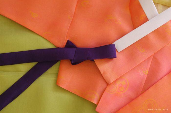 오리미한복 :: 파릇한 기운이 가득한 신부한복, 주황 저고리에 연두빛 치마_ 오리미 신부한복