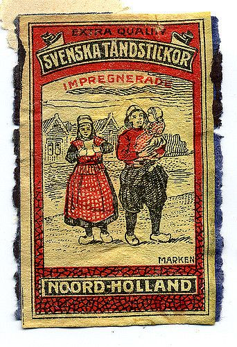 Noord-Holland - traditional dutch costumes: Marken